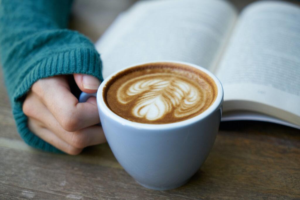 咖啡因為何會讓人提神?